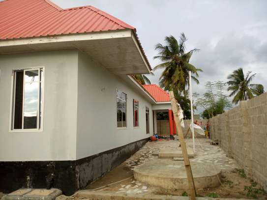 3bedroom house in Gezaulole Kigamboni block 21 image 6