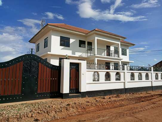 One storey building for rent