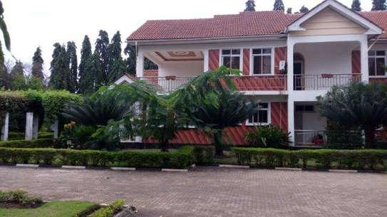 5bed house at mbezi beach $1000pm image 2