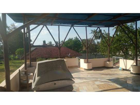 amaizing 3 bed room house for rent at oyster bay image 11