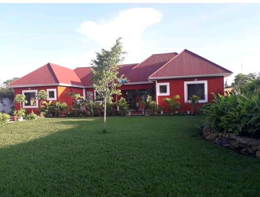 4BEDROOMS HOUSE FOR SALE IN USA RIVER-LEGANGA,ARUSHA image 1