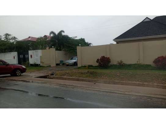 3 bed room house for sale  opposite shopez plaza mbezi image 2