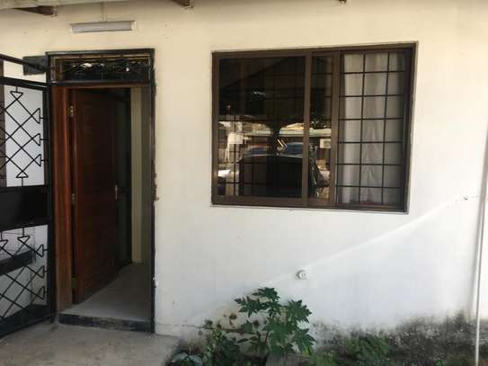 Rent house in Upanga Dar es salaam image 1