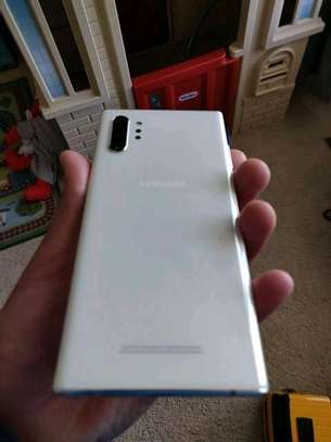 Samsung Note 10 Plus image 3