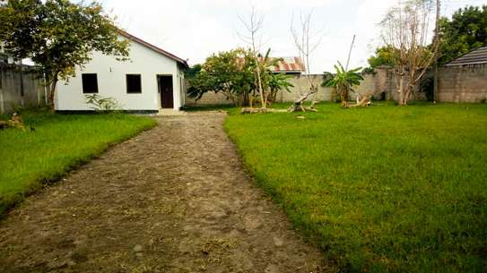 3 BEDROOM STAND ALONE HOUSE FOR RENT IN KIGAMBONI image 3
