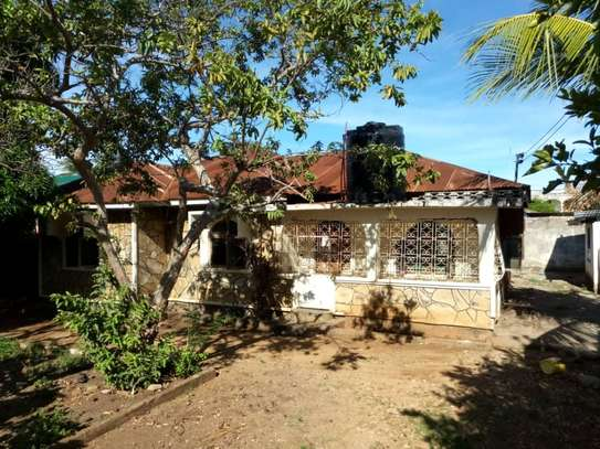 Large and cheap house for sale