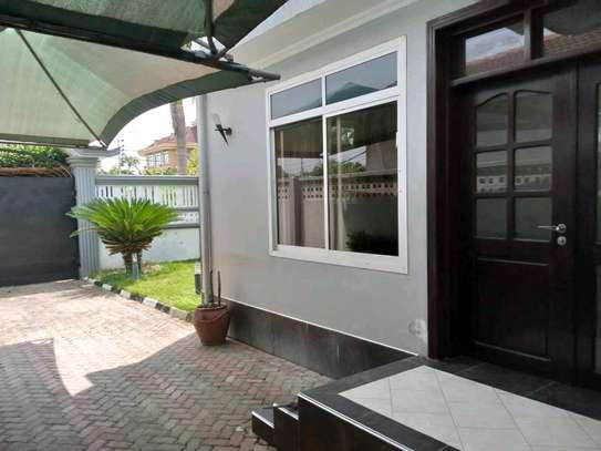 3BEDROOMS FULLYFURNISHED STANDALONE HOUSE 4RENT AT MIKOCHENI image 14