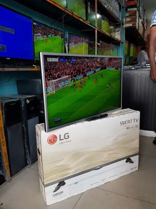 "LG smart tv 32""full hd image 1"