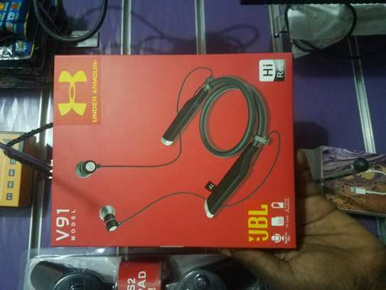JBL Bluetooth Earphones