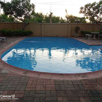 4bdrm Apartment for rent in oyster bay image 1