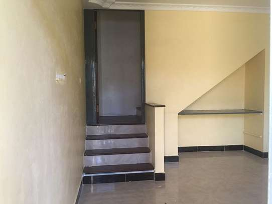 2 Bedroom Apartment in Oysterbay image 5