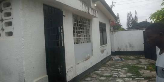 3 bed room house in the compound for rent at mikocheni kwa warioba image 3
