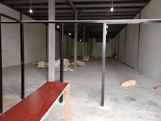 456 SQM Warehouse for Rent image 1