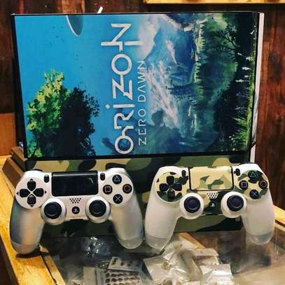 PS4 WITH 20GAMES