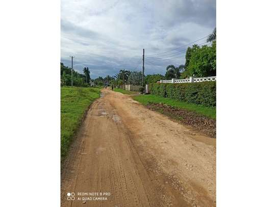 4 bed room house for sale 400mil at mbezi beach image 5