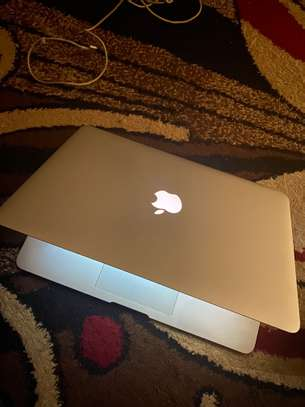Macbook Air 2017 image 8