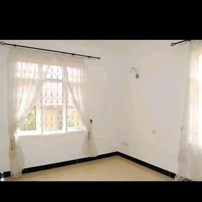 House for rent t sh 8.5 image 6