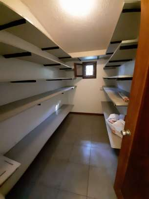 4 Bedrooms Clean House For Rent in Masaki image 3