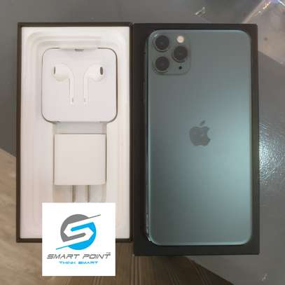 Used iPhone 11 Pro Max Excellent Condition Like New image 2