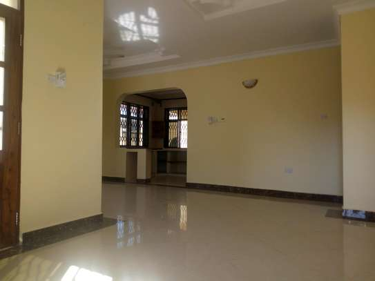 2bedroom House for sale at Boko beach. Tsh 90M image 18