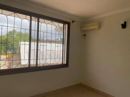 3 bed room beach apartment for sale  at upanga kitonga  street image 4