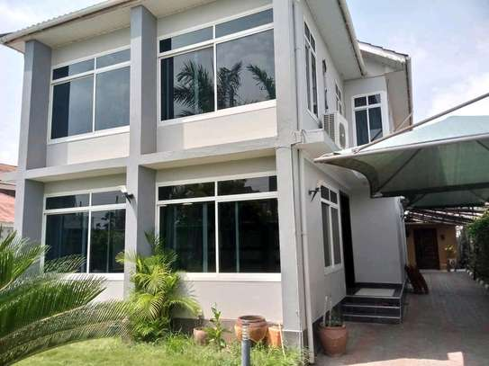 3BEDROOMS FULLYFURNISHED STANDALONE HOUSE 4RENT AT MIKOCHENI image 13