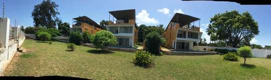 3 Beach Front Homes For Sale In Kawe Beach.