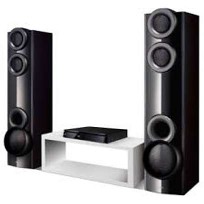LG HOME THEATER  LHD677 image 1