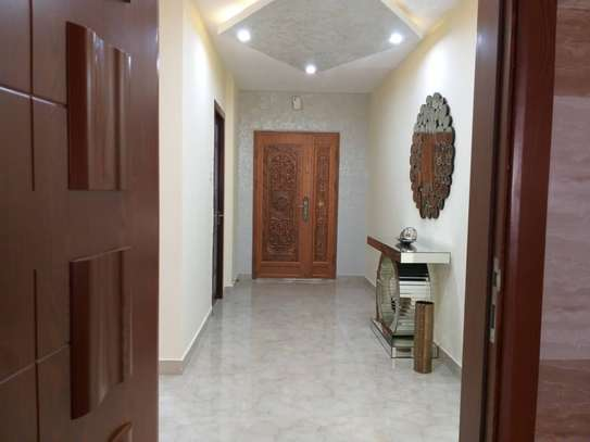 3bed apartment at upanga $1300pm image 5