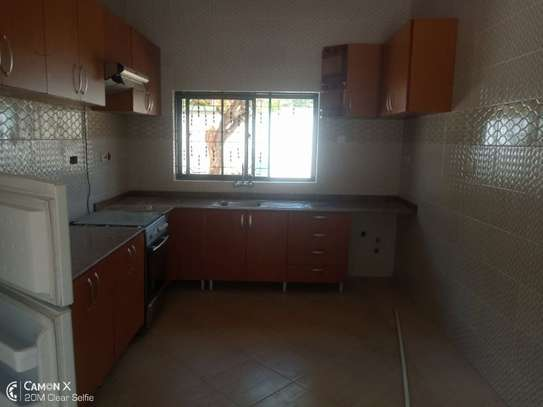 2Bedrooms House at Oyster bay $800pm image 6