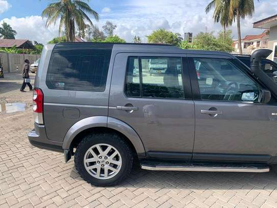 2009 Land Rover Discovery image 5