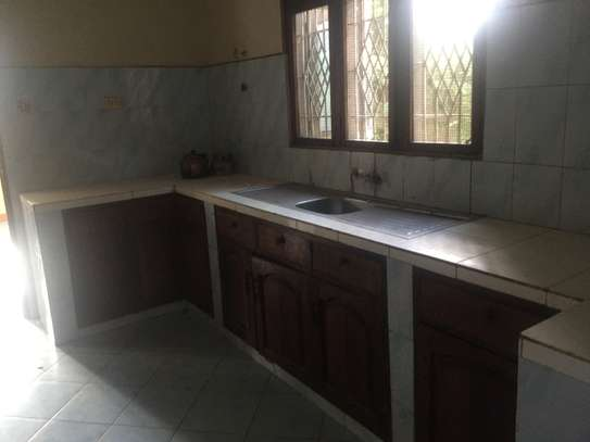 House For Rent Tabata Segerea Sheli near mkuu wa majeshi image 3