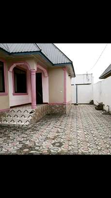 4 bdrms House for Sale at Mbagala CHAMAZI image 3