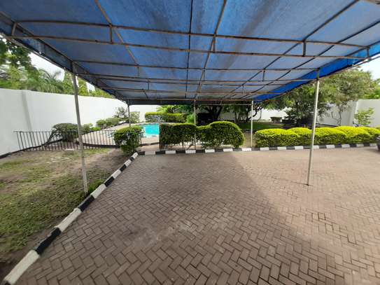 4 Bedrooms House For Rent In Masaki image 7