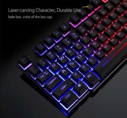 Gaming keyboard and mouse image 4