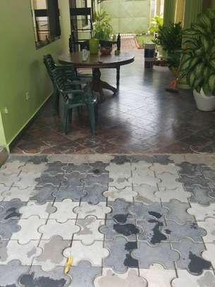 4 bed room house full ferniture for rent at mikocheni kwa warioba image 3