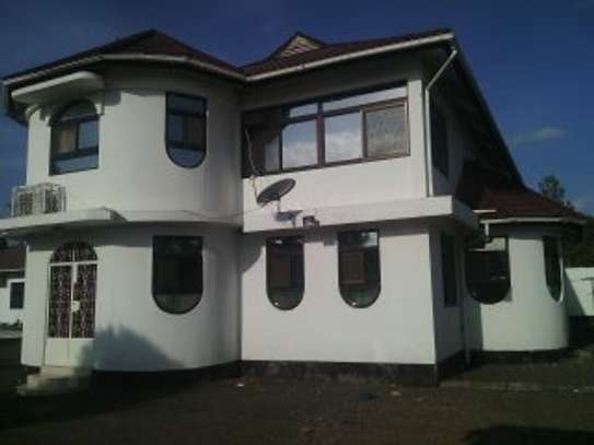 6BEDR.FURNISHED HOUSE FOR RENT AT NJIRO ARUSHA