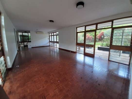 4 Rooms House For Rent image 13