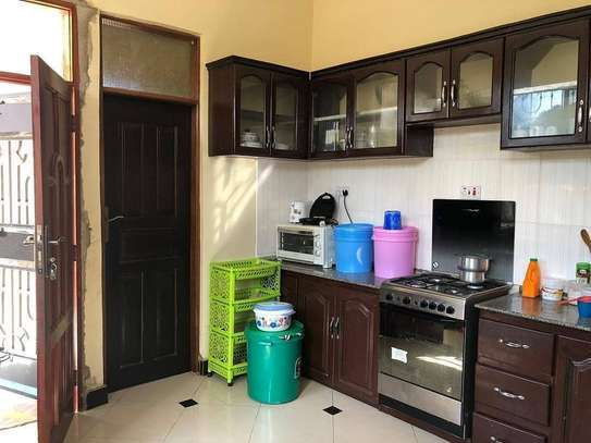 3 Bedrooms House for Sale, Boko image 5