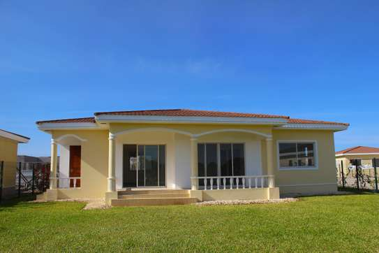 Get your Dream House at a Discounted Price image 5