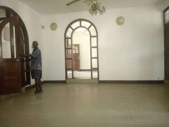 5bed house at mikocheni a $1000pm image 4