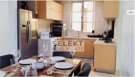 Elegant 2/3 bedrooms apartments in Oyster Bay image 2