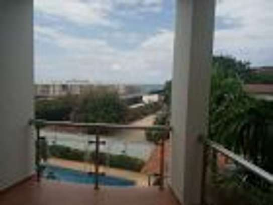 4 BEDROOM APARTMENT WITH SEA VIEW FOR RENT-MASAKI