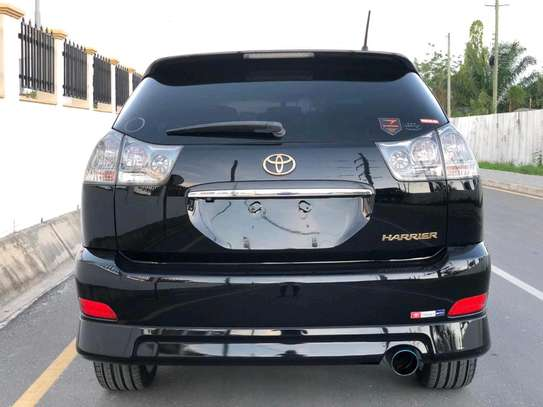 2004 Toyota Harrier image 6