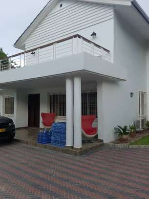 4bed double storie stand alone house at masaki near butcher shop image 4