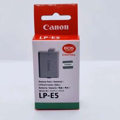 Canon LP-E5 Rechargeable Lithium-Ion Battery Pack (7.4V, 1080mAh) image 1