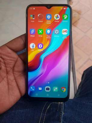 Infinix hot 8 image 4