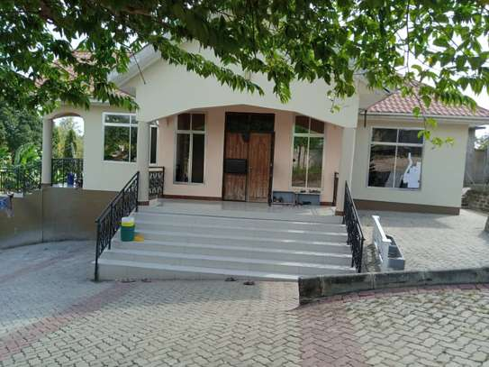 5 bed room house for sale at mbezi uruguluni image 7