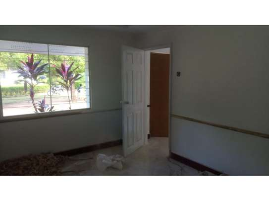 2bed house at oyster in the compound  near KCB BANK tsh 800,000 image 9