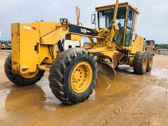 2011 Caterpillar 140K USD 105,000/= FOB image 4